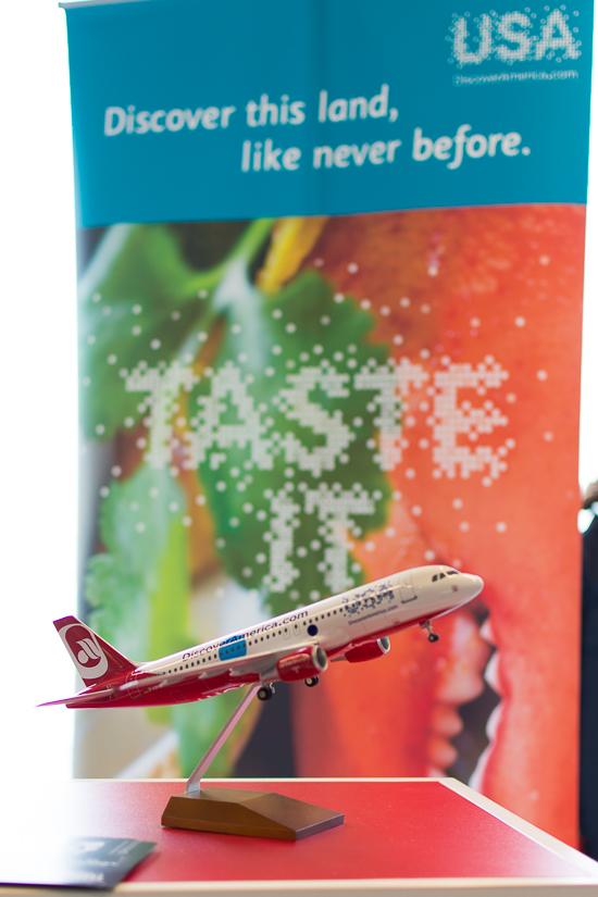 travelmaniac_airberlin_brand_usa_livery_a320-11