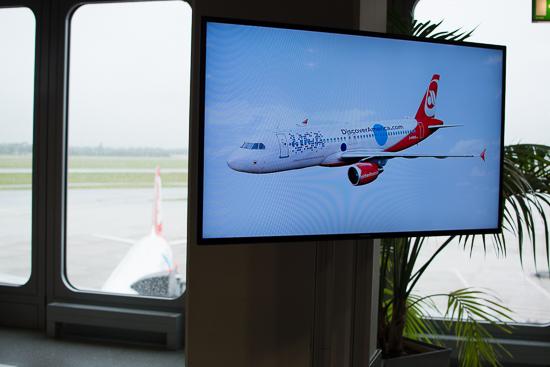 travelmaniac_airberlin_brand_usa_livery_a320-12